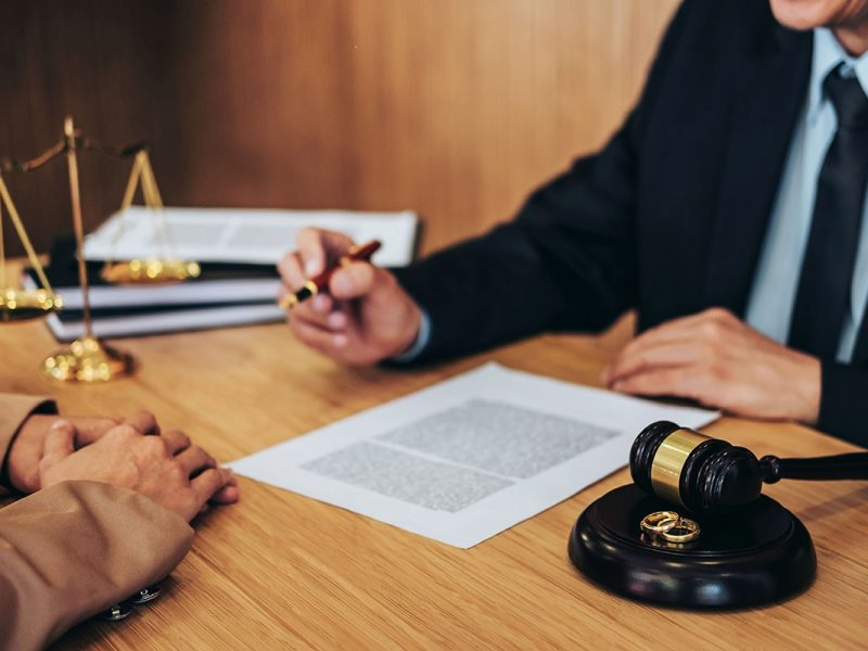 Why Hiring Traffic Ticket Lawyer Is Beneficial?